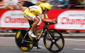 Big Data to accelerate Tour de France coverage