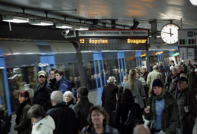 http://www.forbes.com/sites/kevinknudson/2015/09/13/can-big-data-help-you-plan-your-commute/