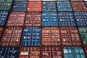 Containers vs. virtual machines: How to tell which is the right choice for your enterprise