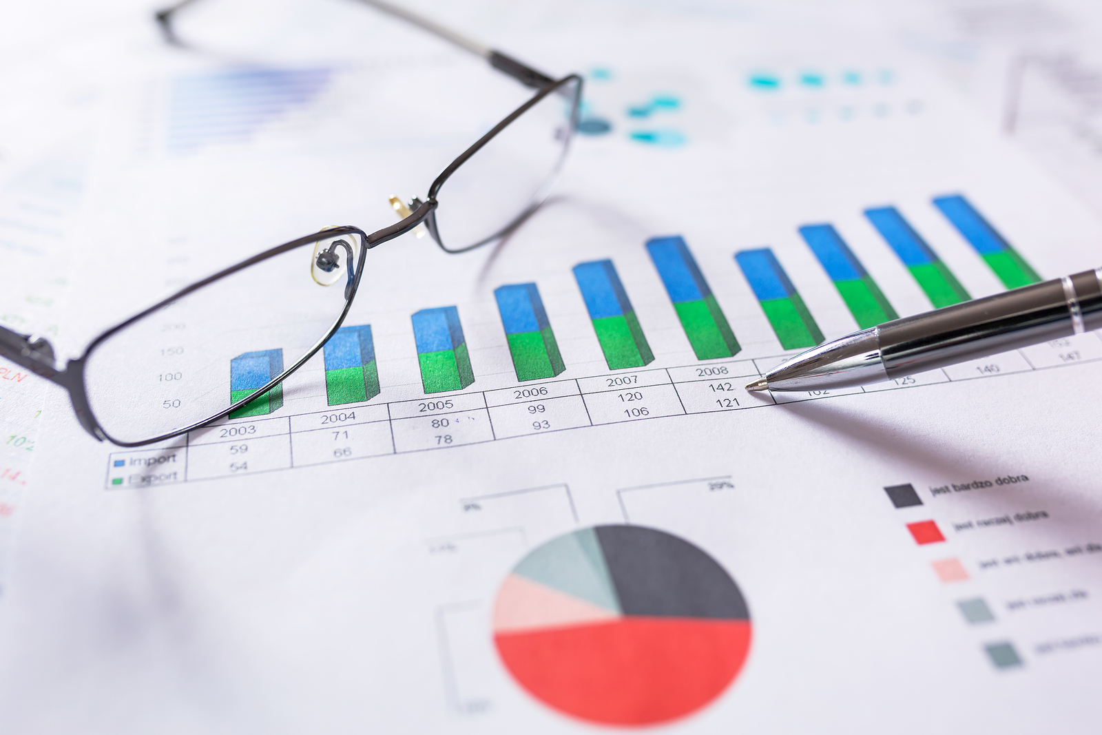 Data Analytics for CFOs: Why new-age Business Intelligence systems are better than traditional MIS